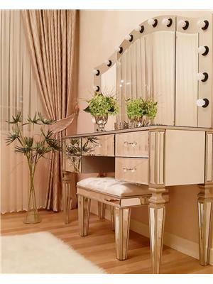 Büyük Supra Makyaj Masası Dalgalı Işıklı Ayna
